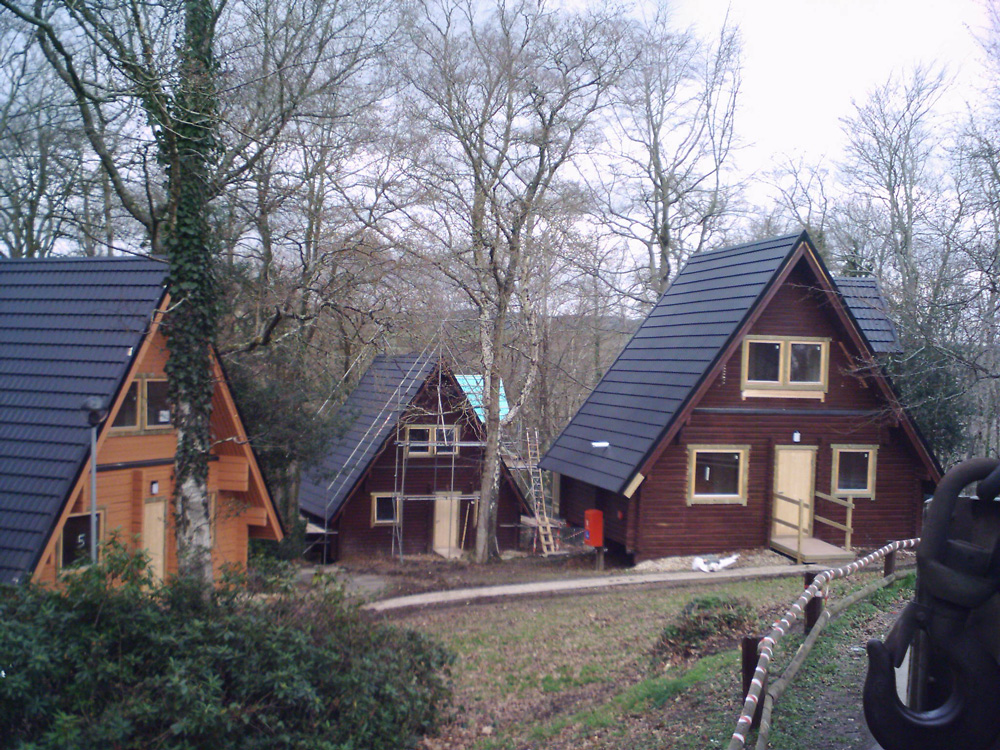 Lightweight metal roof tiles for log cabins for Steel frame cabin